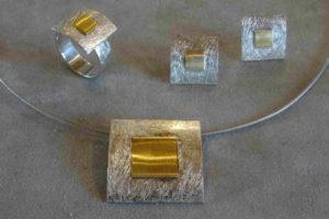 ring-collier-fertig-schmuck-herstellung